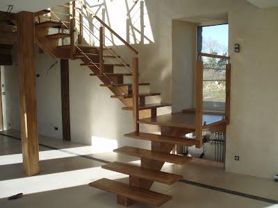 https://sites.google.com/a/tradibois.fr/les-ateliers-tradi-bois/escaliers/ATB%20Escalier%2021.JPG